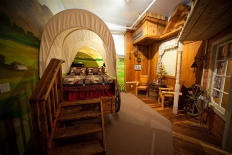 theme hotel utah there s an amazing themed hotel in utah and you ll