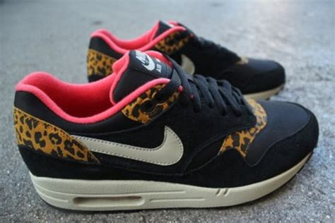 shoes nike air max leopard print pink black