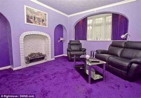 parece el exterior de una casa normal a la venta no vas a