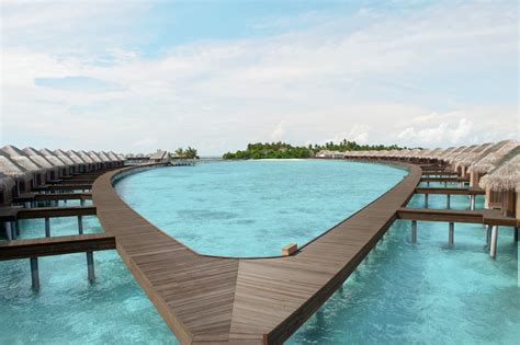 hutte royale resorts ayada maldives resort hotel luxus im indischen ozean
