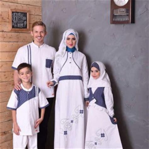 Baju Muslim Keluarga Warna Putih 25 model baju muslim keluarga warna putih terbaru 2018 keren model baju keluarga terbaru