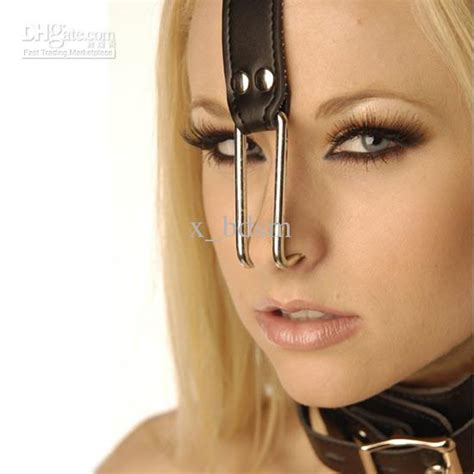 Nose Up Pemancung Hidung Look At Trade pvc collar with nose hook steel nose hook linked leather neck collar from x bdsm 6 75 dhgate