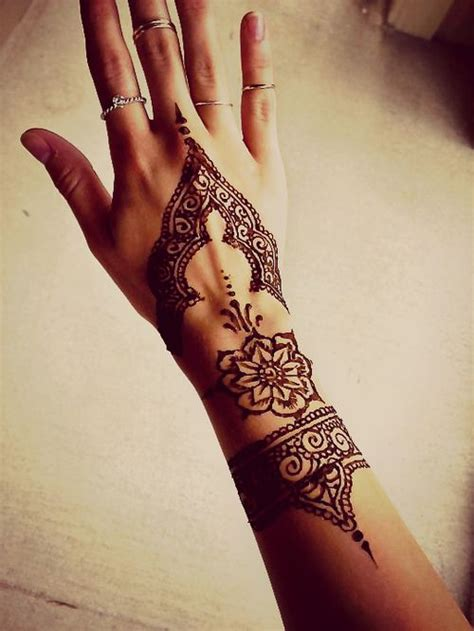 henna tattoo on tumblr 15 beautiful hand tattoos for both men and women pretty