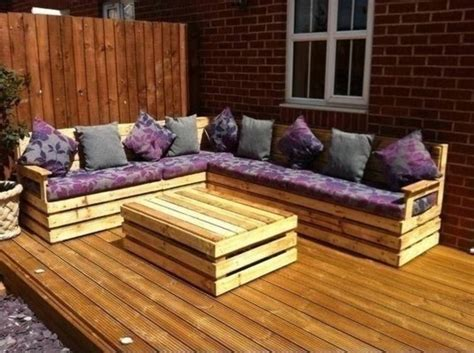 18 cheap yet stylish pallet furniture ideas for your home
