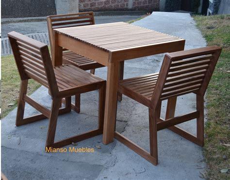 mesa de madera   sillas  restaurantes uso exterior  en mercado libre