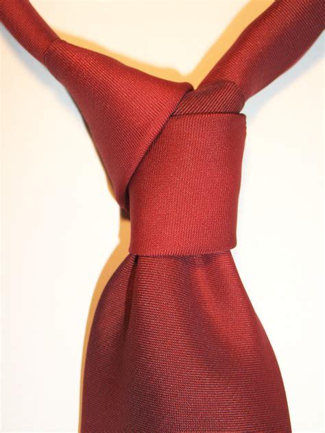 Diagonal Tie Knot - arquitectura desmadre y m 225 s nudos de corbatas