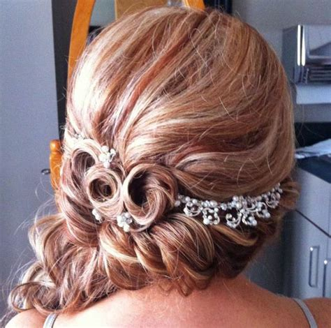 behind the chair hair styles 32 best images about hairstyles on pinterest curls for