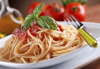 calories    bowl  spaghetti  red