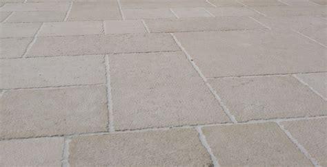 pietra di trani pavimenti pavimenti in pietra di trani la pietra di trani by