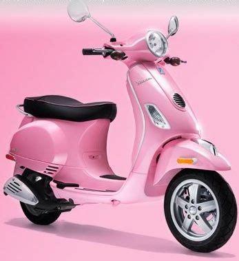 wallpaper vespa pink pink vespa scooter