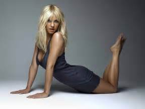 Kaley cuoco hot pics daily pics update hd wallpapers download