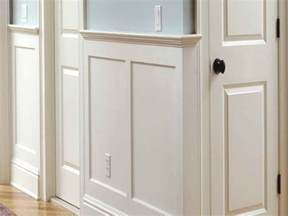 What Is Wainscot Paneling by Classic White Bathroom Wainscoting What Is Wainscoting