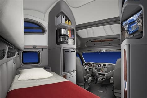 Truck Sleeper Interior by Peterbilt Debuts New Vocational Truck Interiors Sleepers