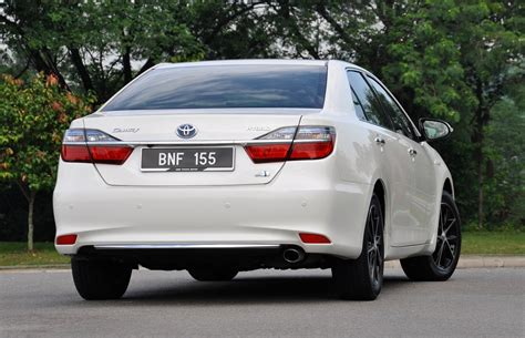 Toyota Camry Hybrid Malaysia Review Of The New Toyota Camry Hybrid By Countersteer Malaysia
