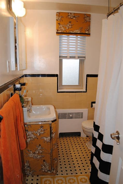 Yellow Tile Bathroom Ideas by 34 Retro Yellow Bathroom Tile Ideas And Pictures