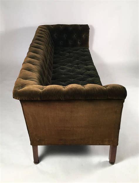 velvet tufted loveseat 19th century green tufted velvet chesterfield sofa at 1stdibs