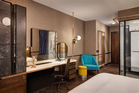theme hotel chicago hotel emc2 coming to chicago