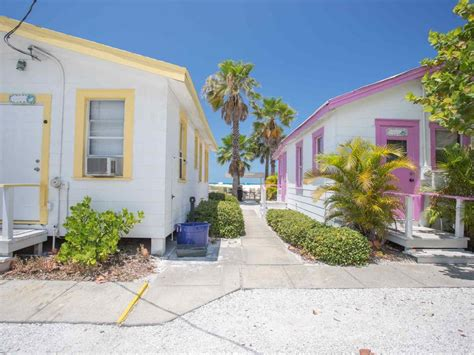 Cottages In Treasure Island Florida by Cottage On Treasure Island Vrbo