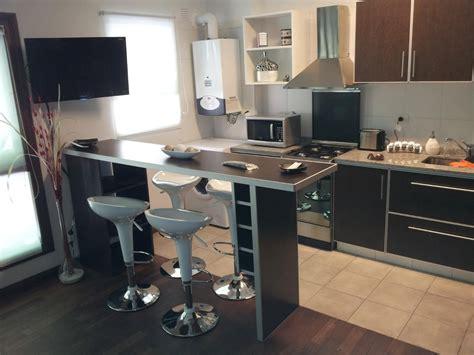 imagenes libres cocina desayunadores barras columnas de acero inoxidable 5