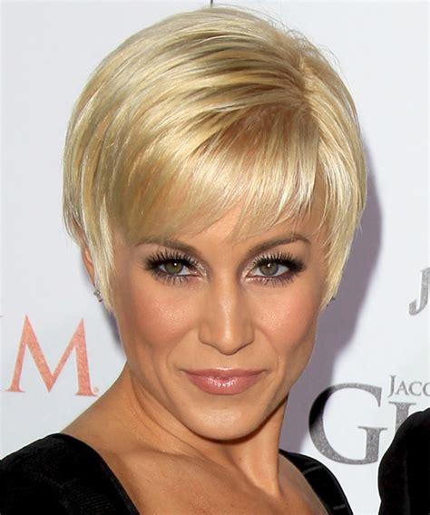 Kellie Pickler Short Straight Formal Hairstyle