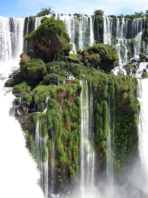 waterfall island picture of the day the waterfall island at iguazu falls
