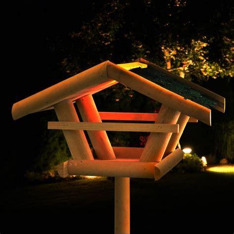 vogelhaus gestell led solar vogelfutterhaus haus beleuchtet vogelhaus