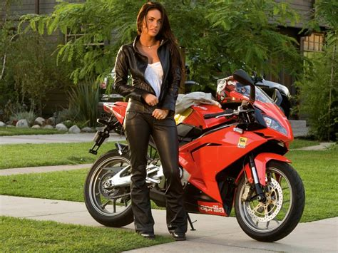 Motorrad Babes by Pook3i Biker Babes Wallpapers