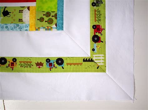 Mitred Corners On Quilt Borders by Sew Fresh Quilts Mitered Border Quilt Tutorial