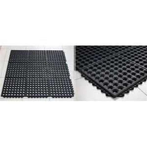 Karpet Interlock jual karpet karet maat interlock harga murah jakarta oleh
