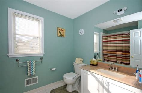 bathroom with sherwin williams calico paint on walls bathroom update selections