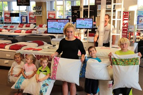 themed parties filling station book a party fill station 174 pillow kiosk fill station
