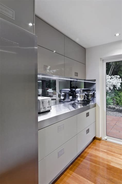 kitchens with grey cabinets grey kitchen cabinets what colour floor quicua com