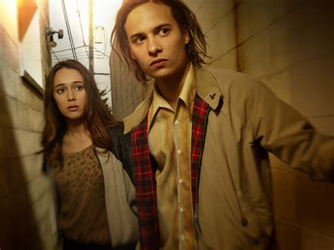 the walking dead fear alicia debnam carey fear the walking dead cast photos synopsis and video