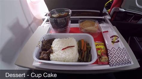 batik air meal batik air id 7770 economy class amq hlp youtube