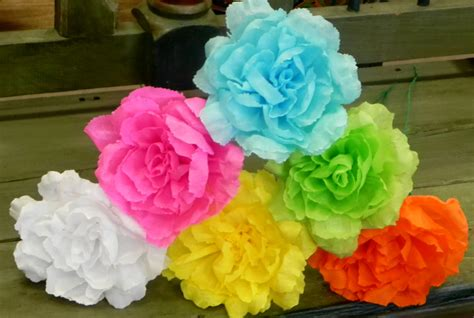 How To Make Mexican Flowers From Crepe Paper - mexican crepe paper flowers set of 6 multicolor rosewe