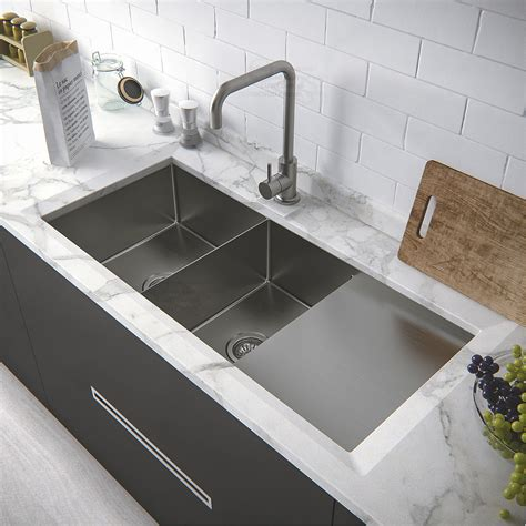 Kitchen Corner Sink Ideas Corner Sink Kitchen With Attractive Layout To Tweak Your Kitchen Homestylediary