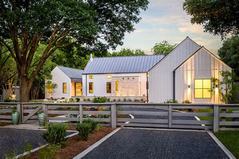 estate like modern farmhouse in texas idesignarch estate like modern farmhouse in texas idesignarch