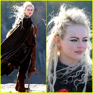 Emma Stone Lord Of The Rings | emma stone is basically the female legolas in these