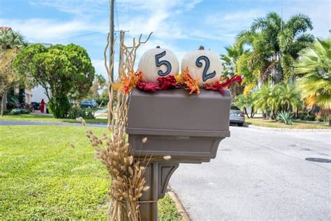 decorating mailbox for decorate your mailbox for every season with these diy