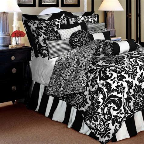 Black And White King Size Bedding Sets Buying King Size Comforter Sets Elliott Spour House