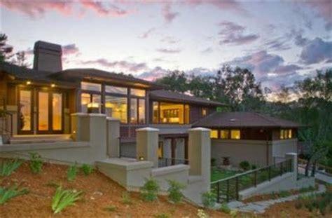 inspirasi desain rumah anda desain rumah di tanah miring