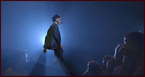 Justin Bieber Movie December 25 | justin bieber promises revealing look behind the headlines