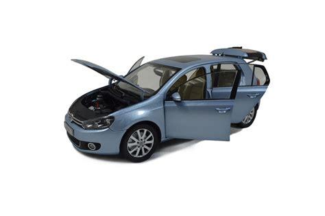 volkswagen golf    scale diecast model car