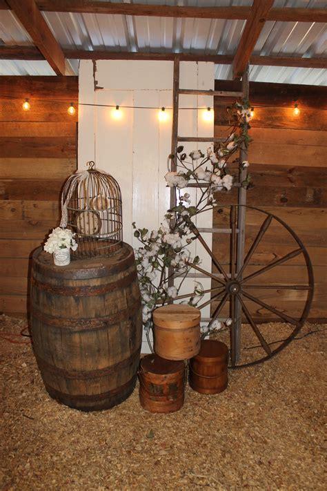 Southern Vintage wedding rentals at Vinewood Weddings