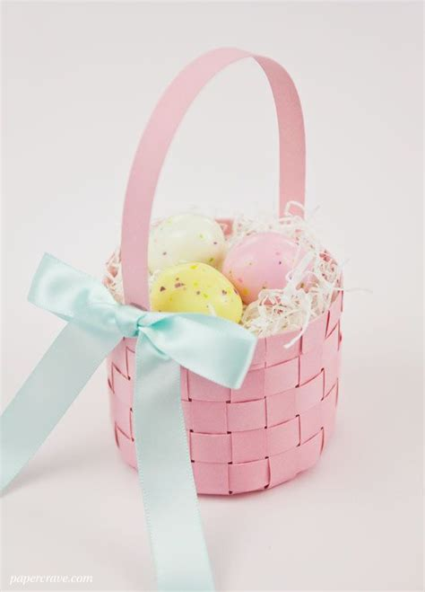 How To Make Paper Easter Baskets - free woven paper easter basket template tutorial make