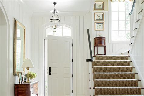 Foyer Vertical by Foyer With Vertical Shiplap 15 Ways With Shiplap