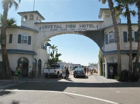 Entrance Picture Of Crystal Pier Hotel Cottages San The Cottages San Diego Ca