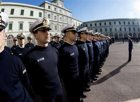 test ammissione accademia militare concorsi accademie militari 2017 ultimi giorni per le domande