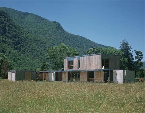 Terrasse Sur Terrain En Pente 5009 by House In Chaum Prax Architectes Archdaily