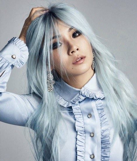 7 best silver blue hair options to make a statement